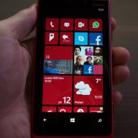 Nokia Lumia 920 / red